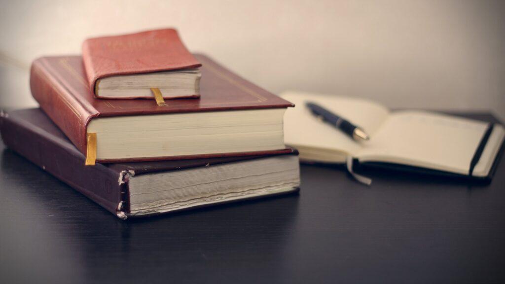 【生活費月5万】固定費の見直しができた教養本を紹介【厳選9冊】