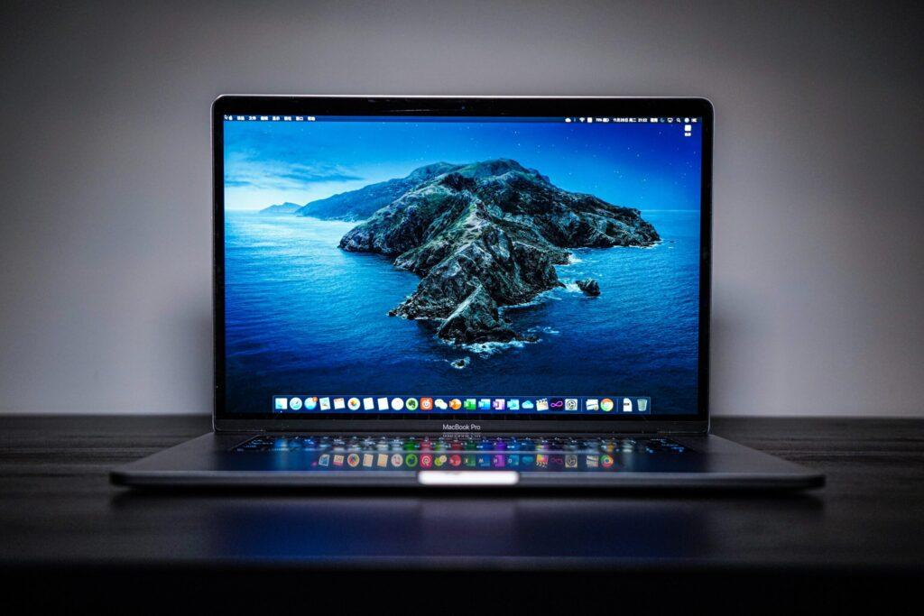 ノートパソコンを安く買うには?【パソコンの相場や安く買う方法】